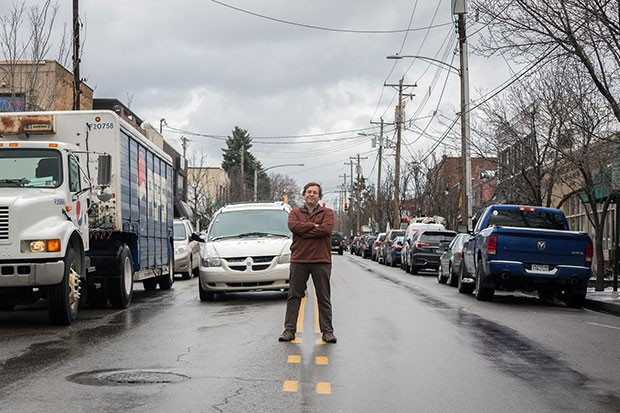 Paul Heckbert stands at the intersection of South Braddock Avenue and Sanders Street. - CP PHOTO BY MARANIE STAAB
