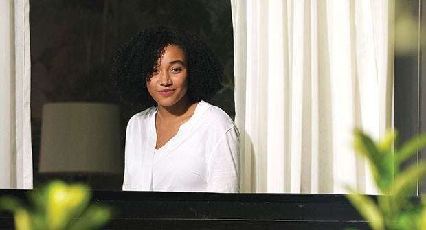 Girl behind the glass: Maddy (Amandla Stenberg)
