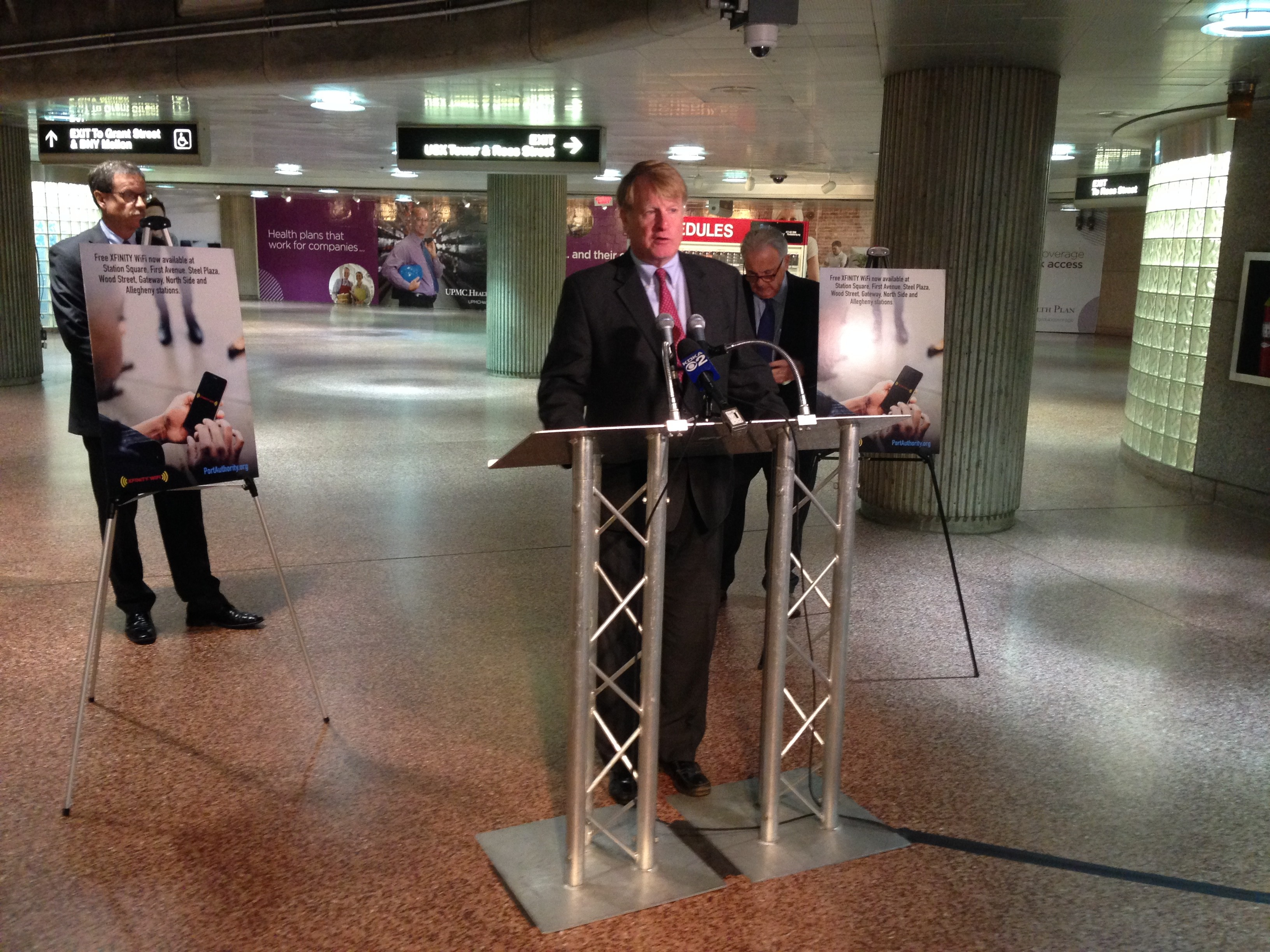 Free Wi-Fi now available at several Port Authority light