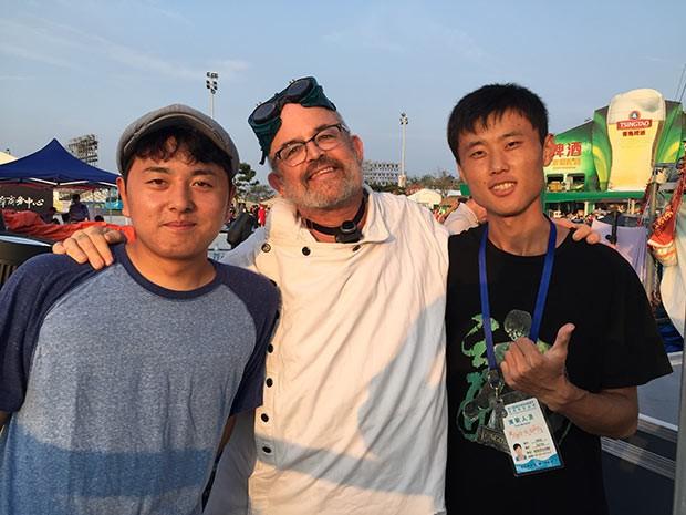 22-chinese-friends-1.jpg