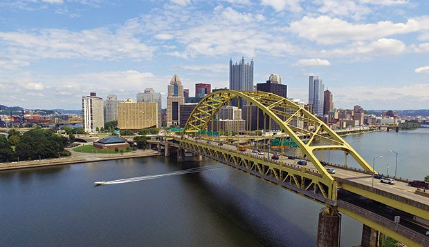 Pittsburgh's Fort Pitt Bridge - CP PHOTO BY JAKE MYSLIWCZYK
