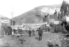 <i>Dawson City: Frozen Time</i>