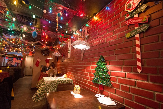 Christmas Pop Up Bar Pittsburgh 2021 Tinseltown Holiday Pop Up Bar Pittsburgh Slideshows Pittsburgh City Paper