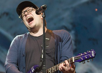 Concert review: Fall Out Boy at PPG Paints Arena