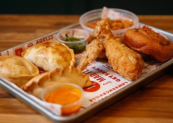 Lawrenceville's fast-casual restaurant Ki Pollo offers crispy chicken, tangy sides