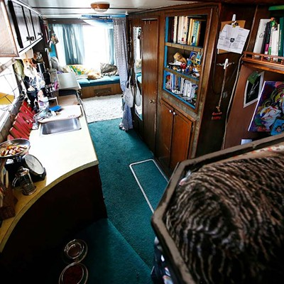 Life on a houseboat
