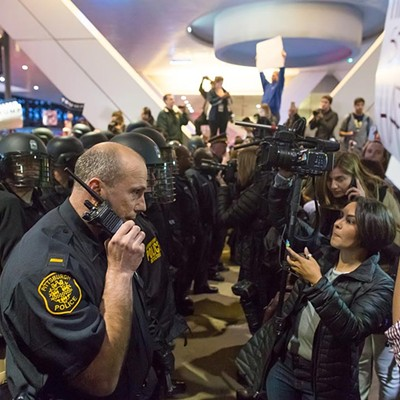 Photographer Renee Rosensteel: Donald Trump protesters, supporters clash after rally in Pittsburgh