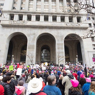 Thousands flood Downtown Pittsburgh for Women's March
