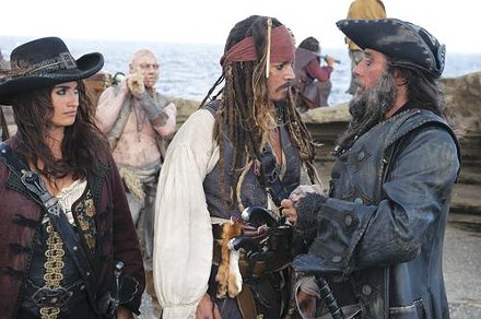 Water more precious than gold: Penelope Cruz, Johnny Depp and Ian McShane search for the fountain of youth.
