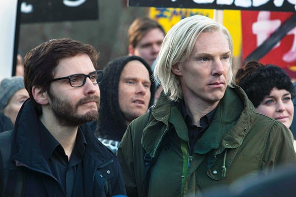 WikiLeakers Daniel Domscheit-Berg (Daniel Bruhl) and Julian Assange (Benedict Cumberbatch)