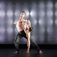 With his novel approach to neuroscience and perception, renowned choreographer Wayne McGregor and Random Dance return to Pittsburgh