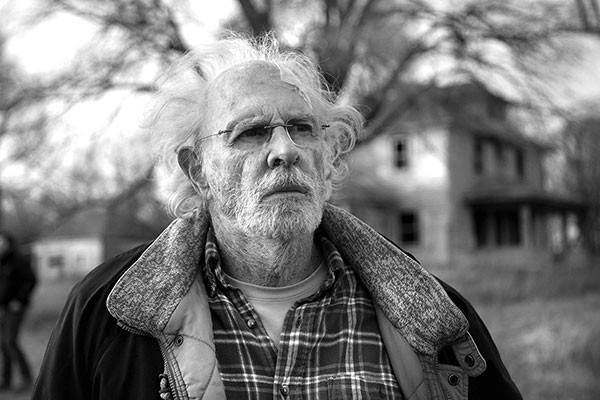 Woody (Bruce Dern) heads for the heartland.