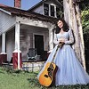 Country legend Loretta Lynn plays the Pepsi Roadhouse