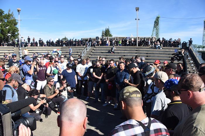 Patriot Prayer, praying