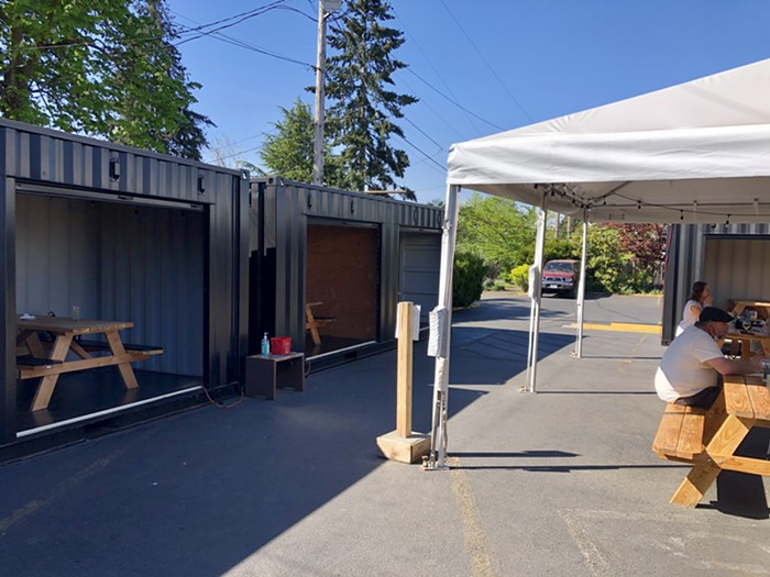 A glimpse at Tiny Bubble Room's two patio seating options