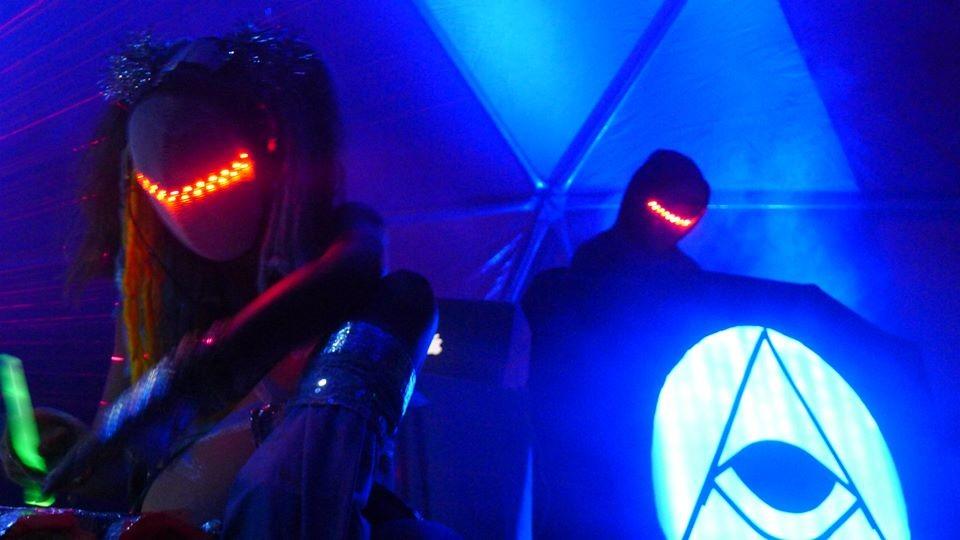 Magic Sword Copy And Cuff Lynx At Doug Fir In Portland Or On Fri Jan 16 9 P M 2015