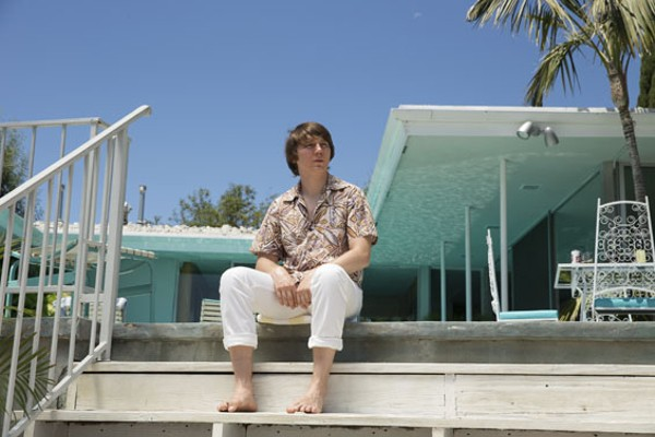 Paul Dano as Brian Wilson. - FRANCES DUHAMEL