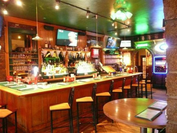 The interior of Johnny's Restaurant & Bar - PHOTO COURTESY OF JOHNNY'S CRAIGSLIST LISTING