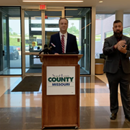 As COVID-19 Cases Spike, St. Louis County Announces New Vaccination Efforts