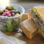 Red Oak Eats 'n Treats Brings Casual Fare — and Homegrown Greens — to Wash Ave