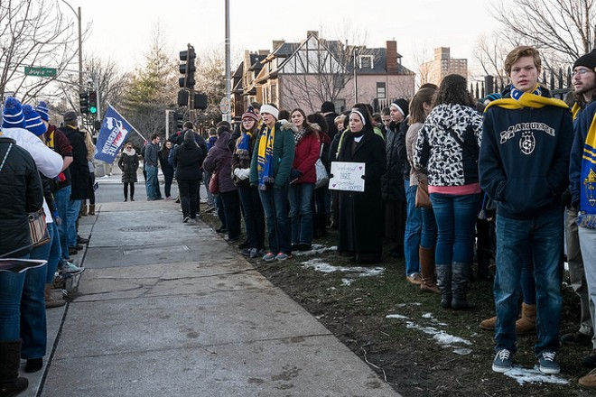 Protesters demonstrate outside the abortion clinic in St. Louis' Central West End. - FLICKR/PAUL SABLEMAN