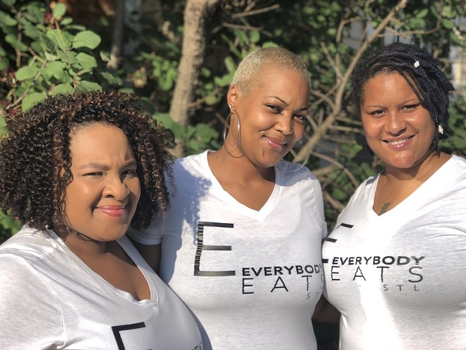 Everybody Eats STL Founder Aisha James (center) with event coordinators (left) Y'Nette Perkins and Kizzy Hammonds. - LAYLA BRODERICK