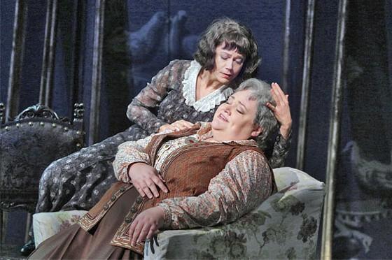Elizabeth Futral as Alice B. Toklas and Stephanie Blythe as Gertrude Stein in 27. - KEN HOWARD