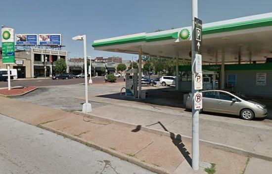 Olive Street gas station. - VIA GOOGLE MAPS