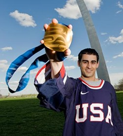 Cash displays his Gold Medal from the Paralympics. - AUGUST JENNEWEIN/UMSL