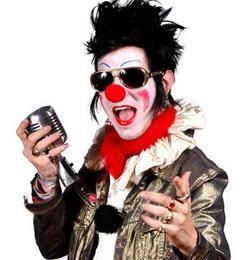 Leahy's alter-ego, Clownvis Presley. - JAIMEVILLE.COM