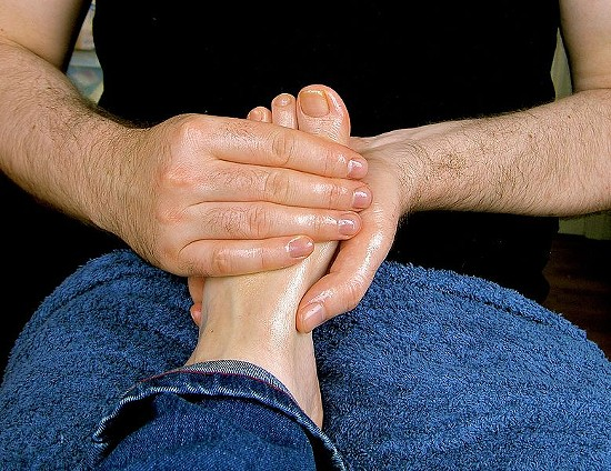 Baby oil makes the foot massage better. - WIKIMEDIA/LUBYANKA