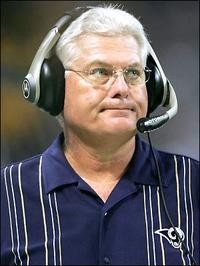 A frustrated Mike Martz.