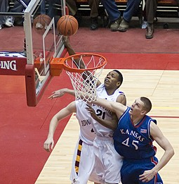 Graduation rates for white vs. black players = out of whack - HTTP://WWW.FLICKR.COM/PHOTOS/DIRKHANSEN/ / CC BY 2.0
