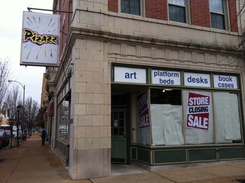 Pizazz Furniture in the Delmar Loop is closing. - LINDSAY TOLER