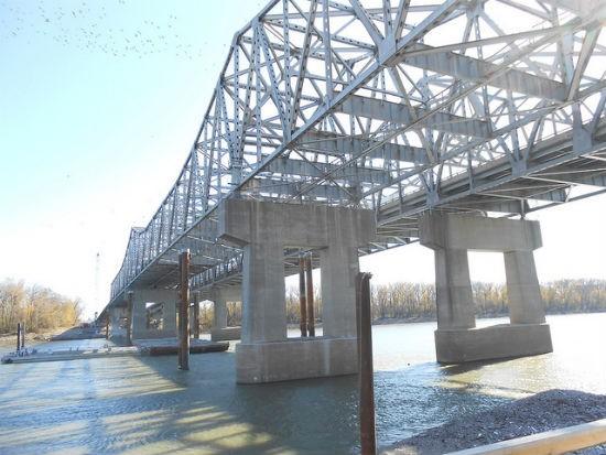 Blanchette Bridge. - VIA MISSOURI DEPT. OF TRANSPORTATION / FLICKR