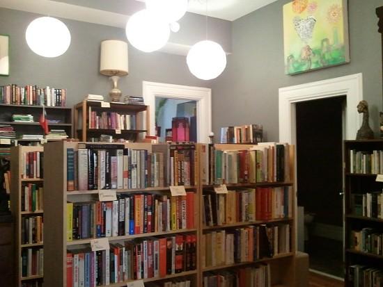 archive_bookstore_2.jpg