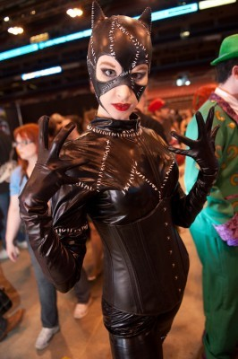 There's a Catwoman out there who's purrrrfect for the ad author above. - JON GITCHOFF