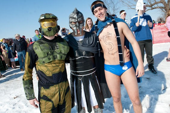 JON GITCHOFF FOR RFT / POLAR PLUNGE SLIDESHOW