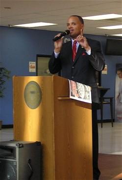 East St. Louis mayor Alvin Parks, Jr., at a town hall meeting earlier this year. - KEEGAN HAMILTON