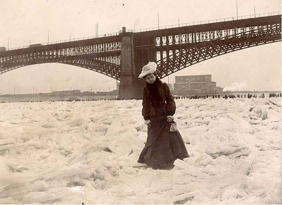 Woman crossing the frozen Mississippi, 1905. - COURTESY MISSOURI HISTORY MUSEUM