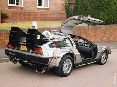 delorean1_thumb_400x300.jpg