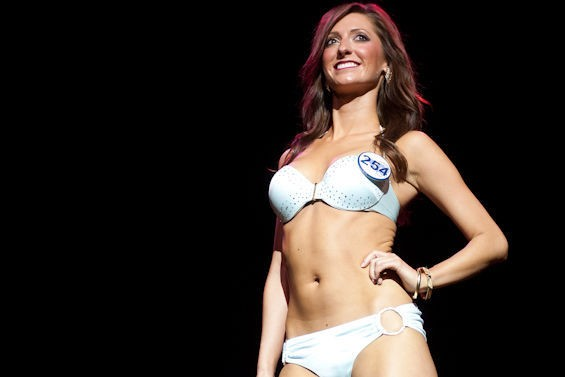 JON GITCHOFF / RAMS CHEERLEADER AUDITIONS