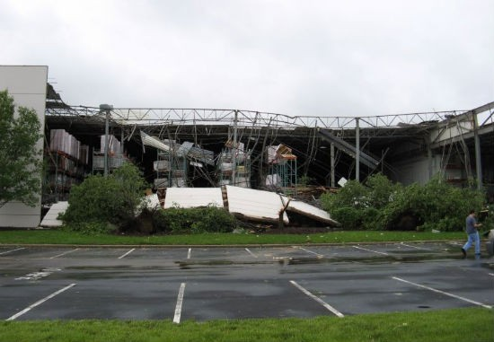 STL_tornado_damage_6.jpg