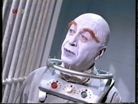 Ha! I'll bet you were expecting me to go with the Schwarzenneger version of Mr. Freeze, but instead I threw you a curve and went old school! That's why I'M a very important internet columnist and you're, well, probably doing something better with your time. Sigh.