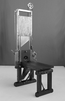 A guillotine - DER VOLLSTRECKER ON FLICKR