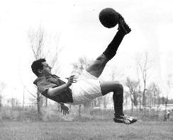 Ruben Mendoza performs his signature move, the bicycle kick - WIKIMEDIA COMMONS
