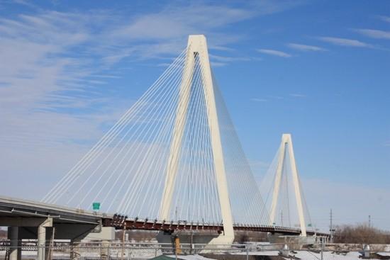 The Stan Musial Veterans Bridge