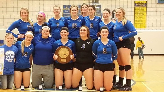 Hannah Leslie's volleyball team. - FACEBOOK