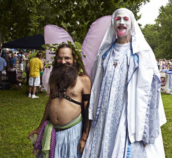 2010_pridefest_parade.4989448.87.jpg