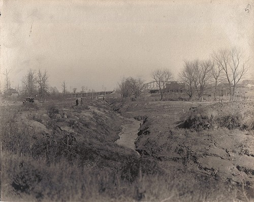 The River Des Peres circa the early 1900s. - PRESERVATIONRESEARCH.COM